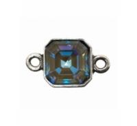 Entre pieza cuadrada con anilla a cada extremo y cristal Swarovski